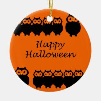 O Dia das Bruxas feliz - corujas Ornamento De Cerâmica Redondo
