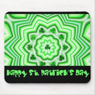 O dia de St Patrick feliz Mousepad