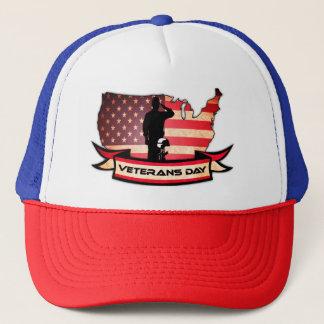 O dia de veteranos original honra o chapéu do boné