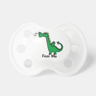 O dragão dos desenhos animados teme-me chupeta