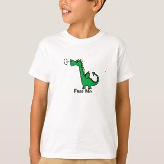 O dragão dos desenhos animados teme-me tshirts