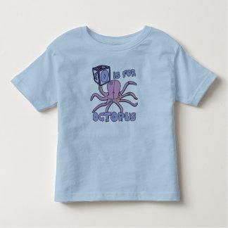 O é para o t-shirt da criança do polvo