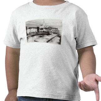 O Emporium de Faberge (foto de b/w) Camiseta