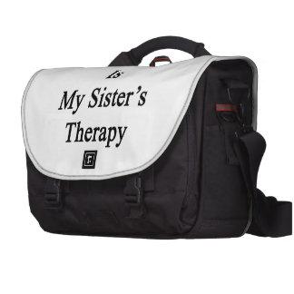 O futebol é a terapia da minha irmã bolsa para laptops