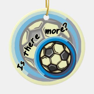 O futebol é lá mais camiseta e presentes ornamento de cerâmica redondo