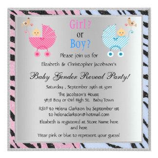 O género do bebê revela os carrinhos de criança an convites personalizados