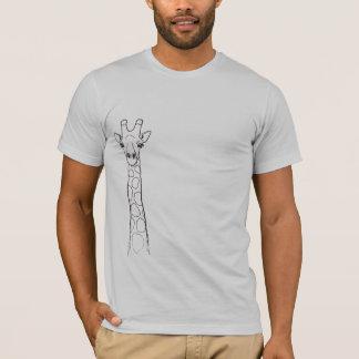 O girafa está olhando-o camiseta
