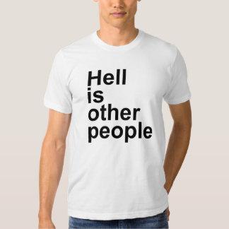 O inferno é outras pessoas [pia batismal de Arial] Camiseta