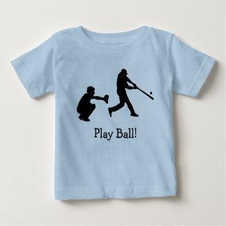 O jarro do coletor do basebol ostenta o t-shirt do