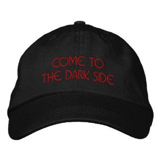O lado escuro boné bordado