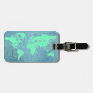 O mapa do mundo e o passaporte carimbam (o andaril tags de mala