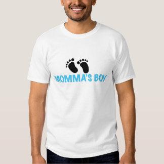 O menino de Momma Tshirts