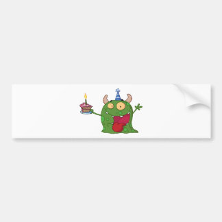O monstro verde comemora o aniversário com bolo adesivo para carro