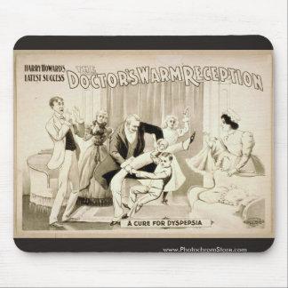"""O Morno Recepção do doutor, """"uma cura para Dyspeps Mouse Pad"""