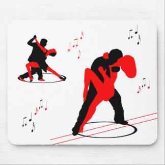 o mousepad mostra em silhueta o musica