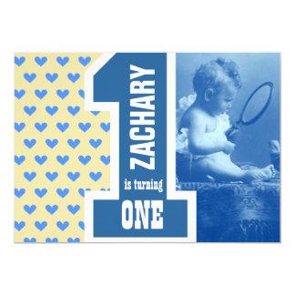 ø O aniversário do bebê do menino adiciona seus Convite 12.7 X 17.78cm