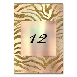 O ouro vertical do número da mesa selvagem cora cartão