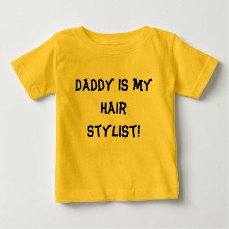 O pai é meu cabeleireiro! tshirt