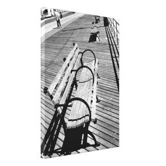 """O """"passeio à beira mar Benches"""" o impressão das"""