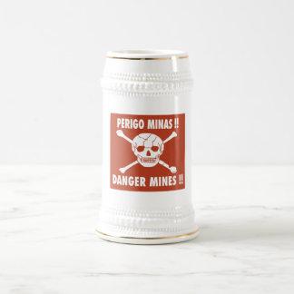 O perigo mina o sinal, Angola Caneca De Cerveja