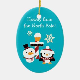 O Pólo Norte personalizado caçoa o Natal Ornamento De Cerâmica