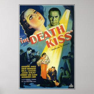 O poster de filme de terror do vintage do beijo da pôster