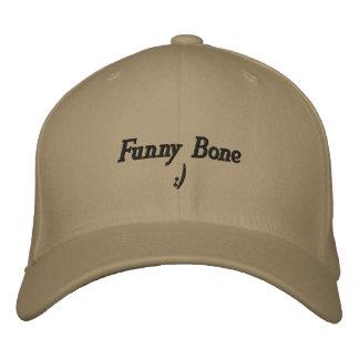 O primeiro chapéu do osso cubital:) boné bordado