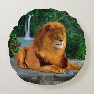 O rei rujindo do leão almofada redonda