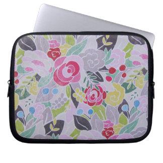 O rosa retro floresce a caixa do laptop da bolsa e capa de notebook