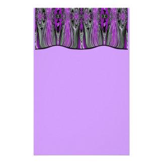 O roxo drapeja artigos de papelaria