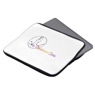 O saco dos eletrônicos da mesa do desenho capas de notebook