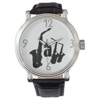O saxofone do jazz escolhe seu relógio 1 do fundo