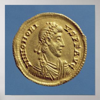 O Solidus de Honorius drapeja, cuirassed Poster