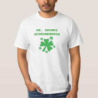 O Sr. Drunky McDrunkerson dos homens Camiseta