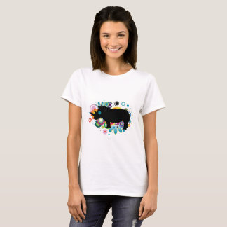 O t-shirt básico das mulheres abstratas do