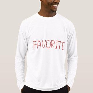 O t-shirt cabido dos homens com 'favorite