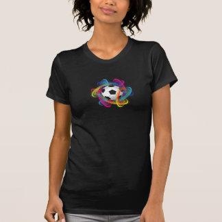 O t-shirt das mulheres coloridas da bola de