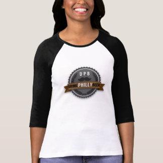 O t-shirt das mulheres do boné de garrafa da luz