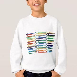 O t-shirt do miúdo colorido dos clipes