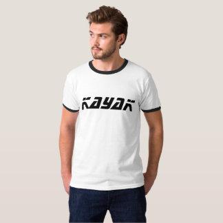 O t-shirt dos homens do caiaque