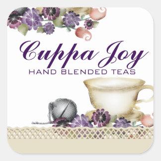 O teacup do estilo da aguarela floresce o roxo da adesivo quadrado