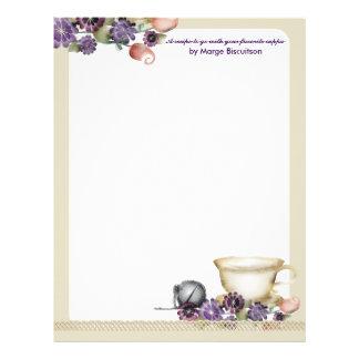 O teacup do estilo da aguarela floresce o roxo da papel timbrado