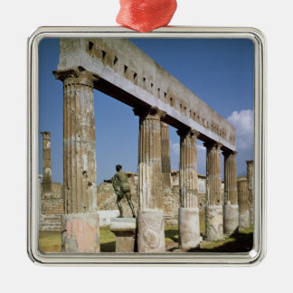 O templo de Apollo Ornamento Quadrado Cor Prata