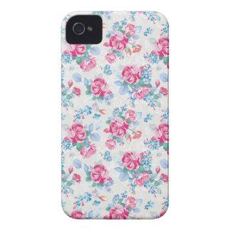 O teste padrão floral elegante dos rosas do capa para iPhone 4 Case-Mate