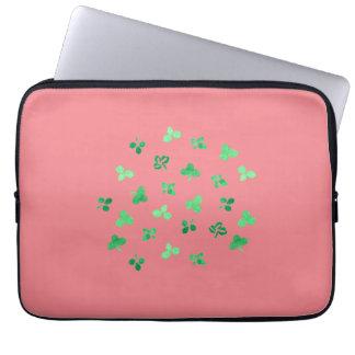 """O trevo floresce a bolsa de laptop 13"""" bolsas e capas de notebook"""