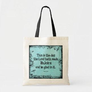 O verso da bíblia isto é o dia onde o hath do bolsa para compra