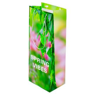O vidoeiro sae de flores da tulipa customizáveis sacola para vinho