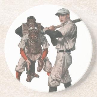 O vintage ostenta jogadores de beisebol com porta copos de arenito