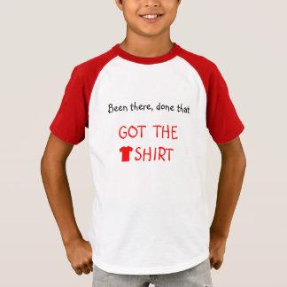 Obteve o tshirt o roteiro vermelho engraçado