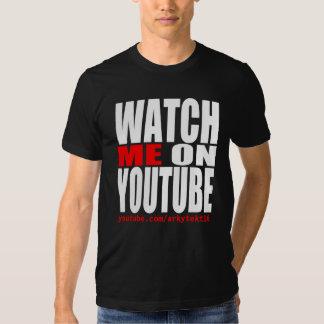 Olhe-me em YouTube (moderno) Camiseta